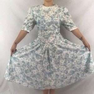 Dresses & Skirts - 80s Floral Tea Dress